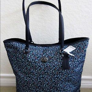 Coach Ranch floral Navy Tote NWOT